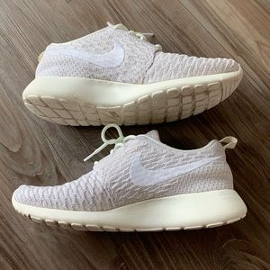 Nike Roshe One Off White Like New
